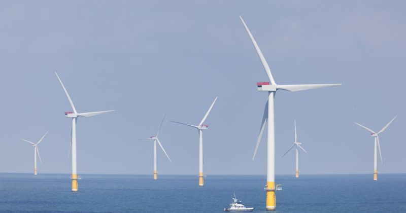 Image of an off-shore wind farm